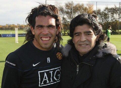 Cuando estoy triste miro la foto de Tevez y su Madre y se me pasa(Old but gold)