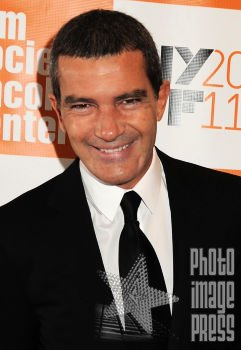 Happy Birthday Wishes going out to Antonio Banderas!!!