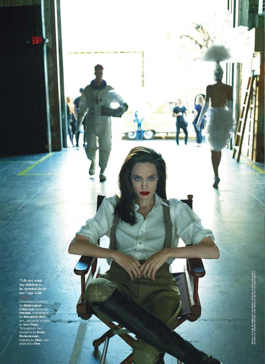 Angelina Jolie wears Ralph Lauren Collection in the September issue of @VanityFair. https://t.co/xSAySTtdaa