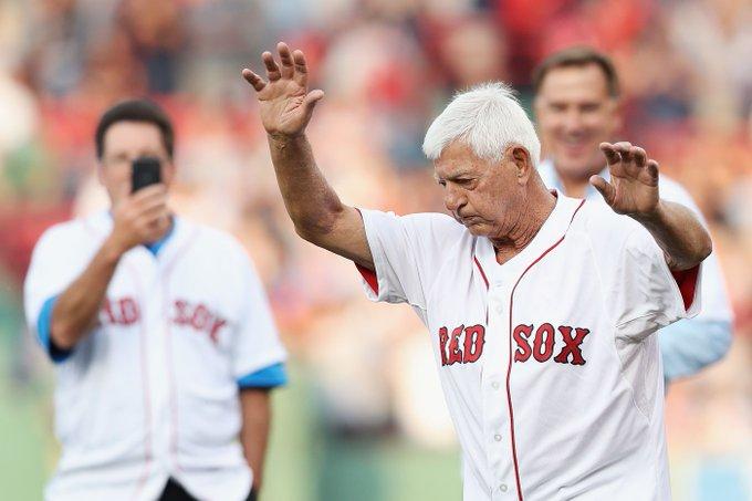 Red Sox: Happy Birthday to Hall of Famer Carl Yastrzemski