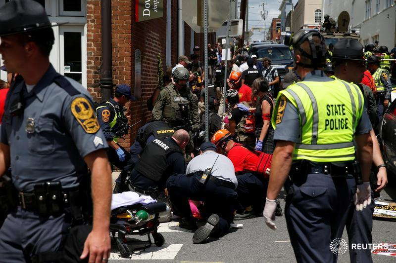 BREAKING: Mayor of Charlottesville, Virginia says 'a life has been lost' in protests https://t.co/3ygqeQDEZ4 https://t.co/RXDExpTMHD