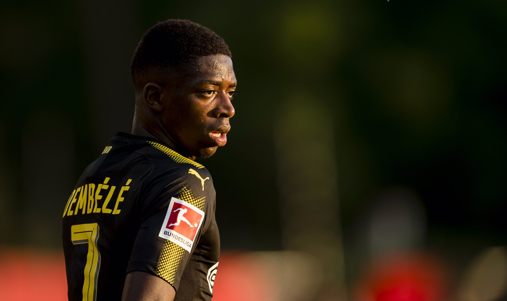 Stellungnahme: @Dembouz bleibt suspendiert. https://t.co/C3G9jg8WKM https://t.co/1YOyjSZ8mh