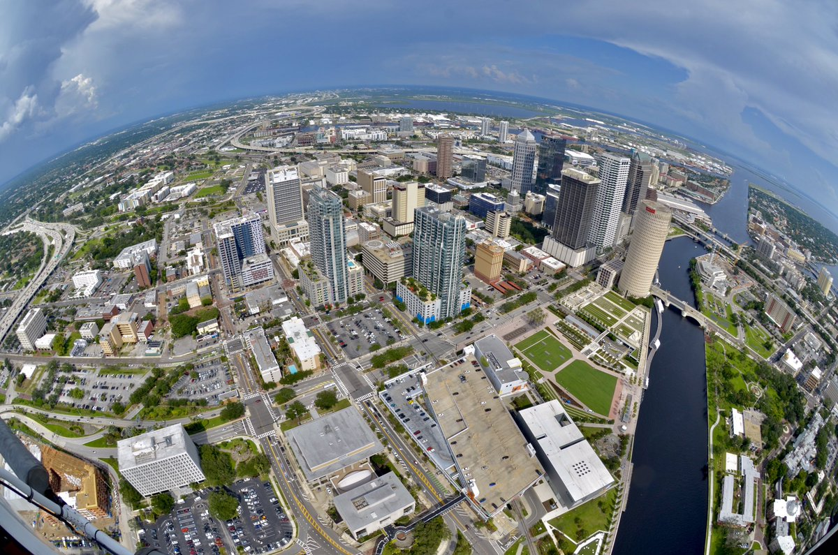 RT @8_plamison: .@WFLA    It's #813Day .... how we roll!!!!! @CityofTampa  #813Day https://t.co/TjxaxXlQwH
