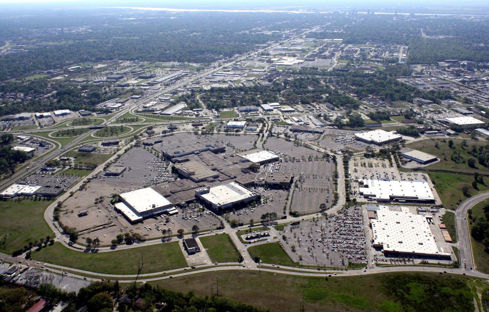 Baton Rouge's Cortana Mall, interior stores hit market with $4M price tag