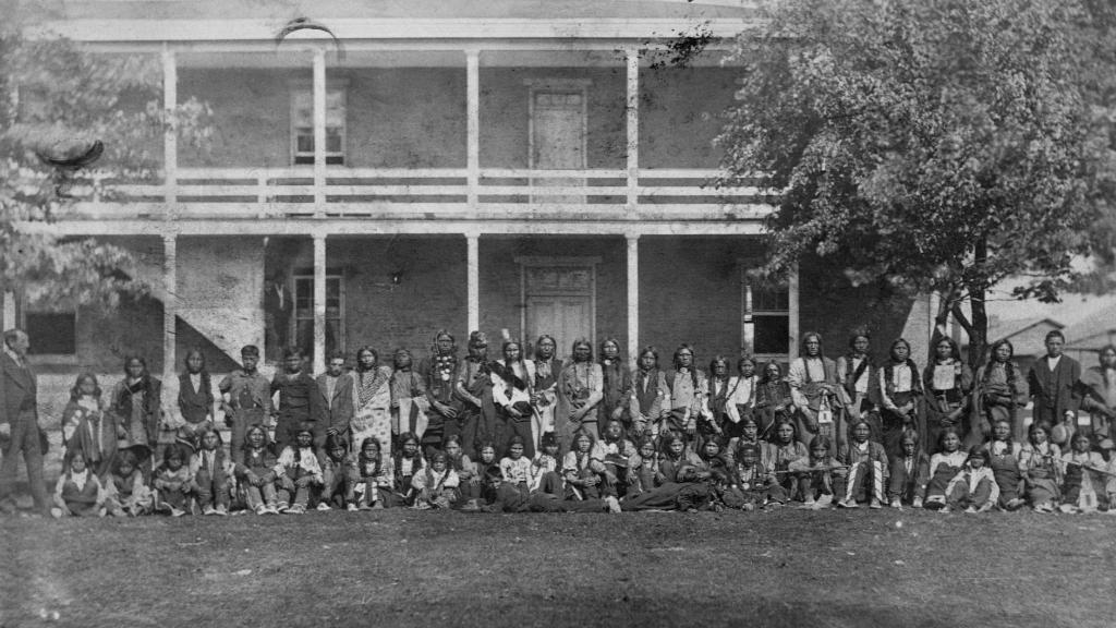 How boarding schools tried to 'Kill the Indian' through assimilation. https://t.co/aKSNnUeI6T https://t.co/whbCqRs9tl