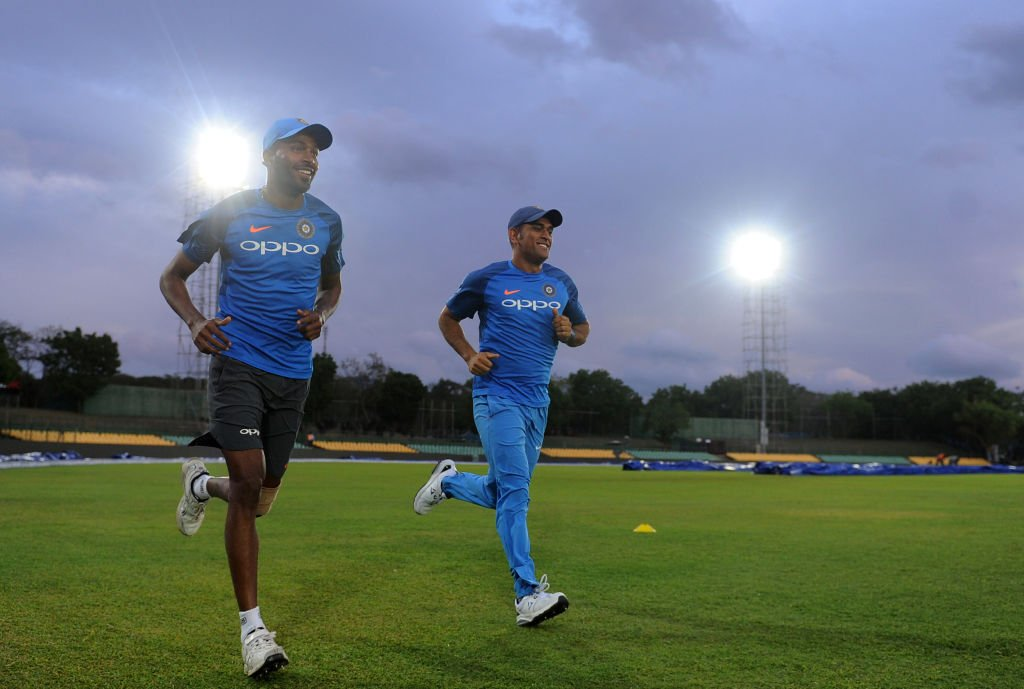 RT @BCCI: Who is your Running Buddy? @hardikpandya7 with @msdhoni #TeamIndia #SLvIND https://t.co/3FYbbcr1EP