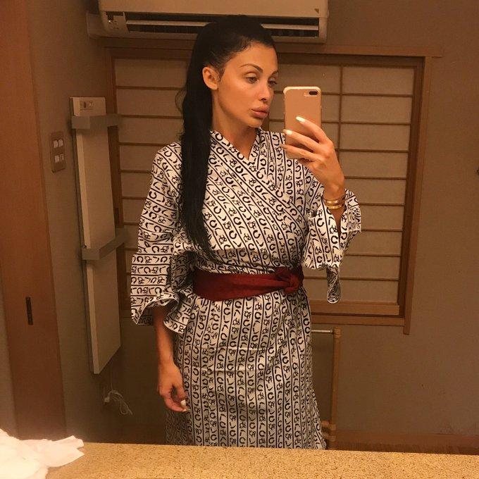 In a hot spring in Japan https://t.co/TM1883q6Uj