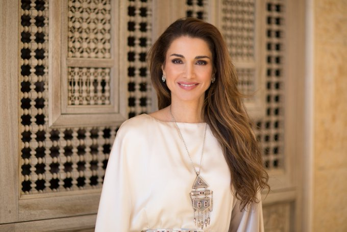 The Royal Jordanian Family wishes her Majesty Queen Rania Al Abdullah a Happy Birthday