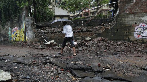 Rains in Pakistan leave 8 dead after causing havoc in India