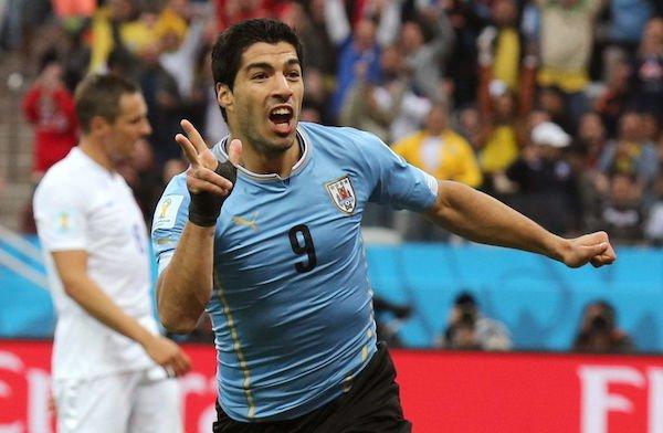 Luis Suárez recibe el alta médica y podría jugar con Uruguay   Diario El Mundo