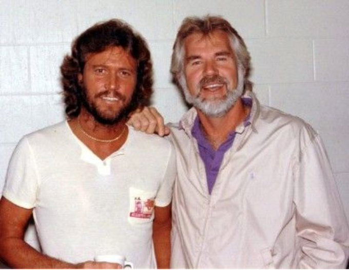 Happy 71st birthday, Barry Gibb! May it be a great one!