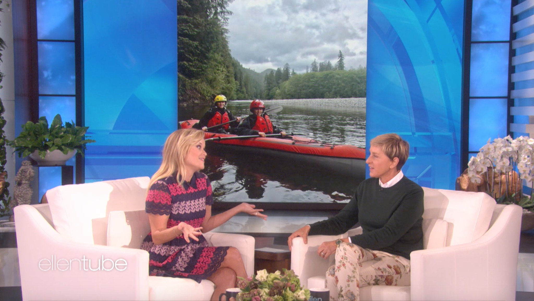 .@RWitherspoon is never getting me in a canoe. https://t.co/8GTDP7O1Fg