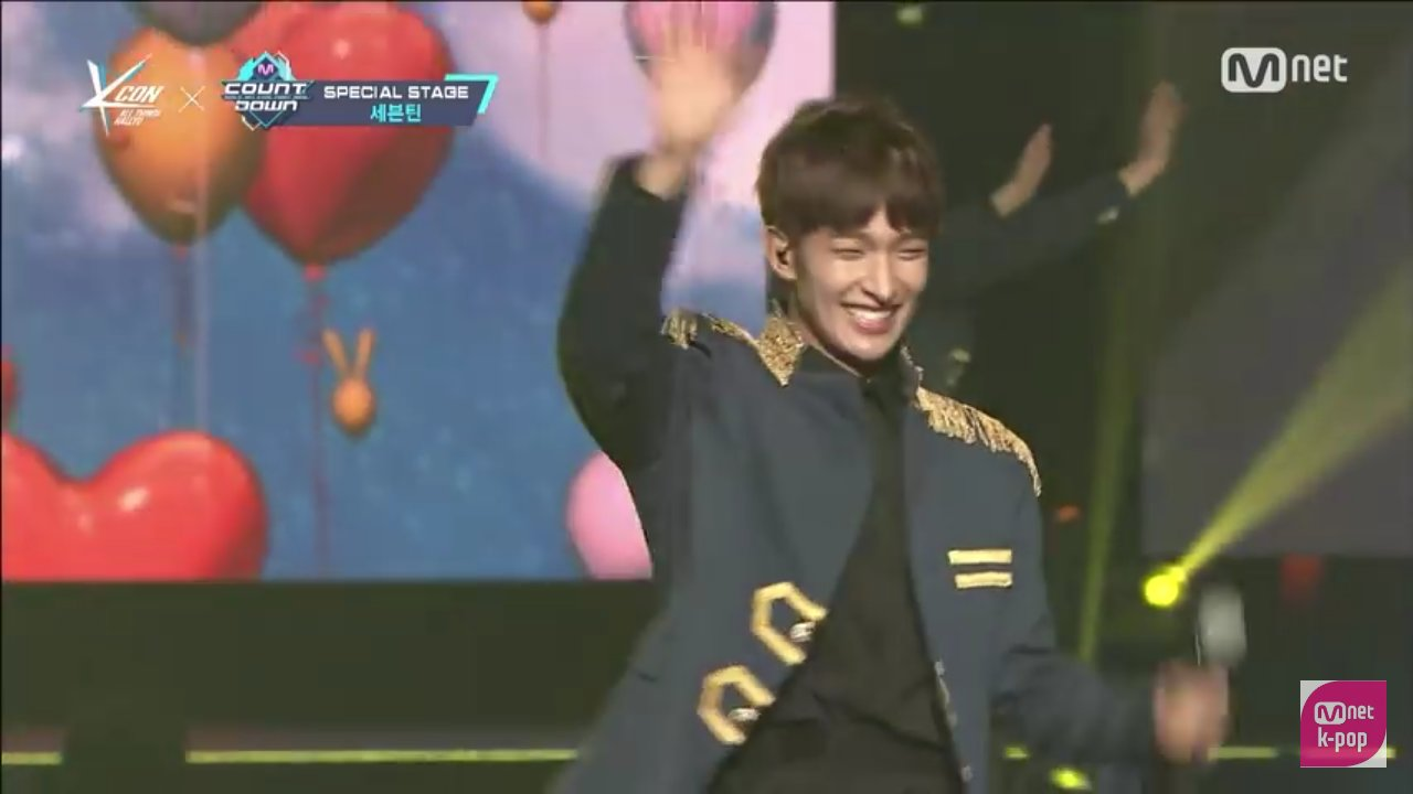 i watched this video again and look!! his smile is truly healing♡ https://t.co/cMOiIZ6sBK