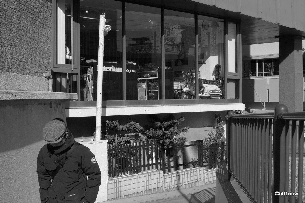 『元町界隈』#神戸 #元町 #サンセット通 #写真撮ってる人と繋がりたい#写真好きな人と繋がりたい#ファインダー越しの私