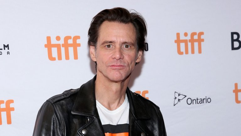 Jim Carrey alleges extortion, blames former girlfriend's mother and lawyer for her death