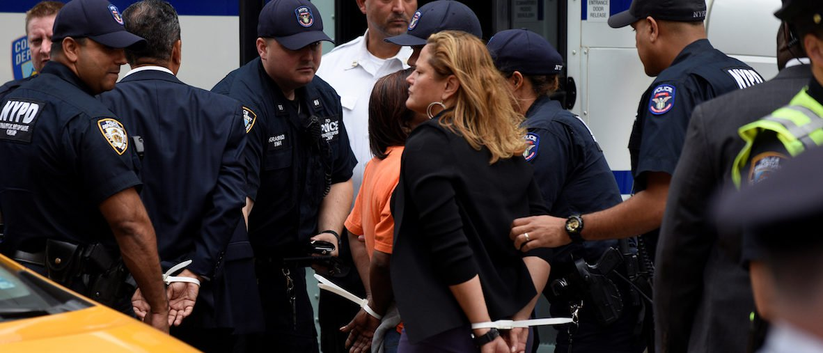 Three Congressmen Arrested For 'Civil Disobedience' Outside Trump Tower https://t.co/h0YBmNTa5V https://t.co/L3BRS8xf6n