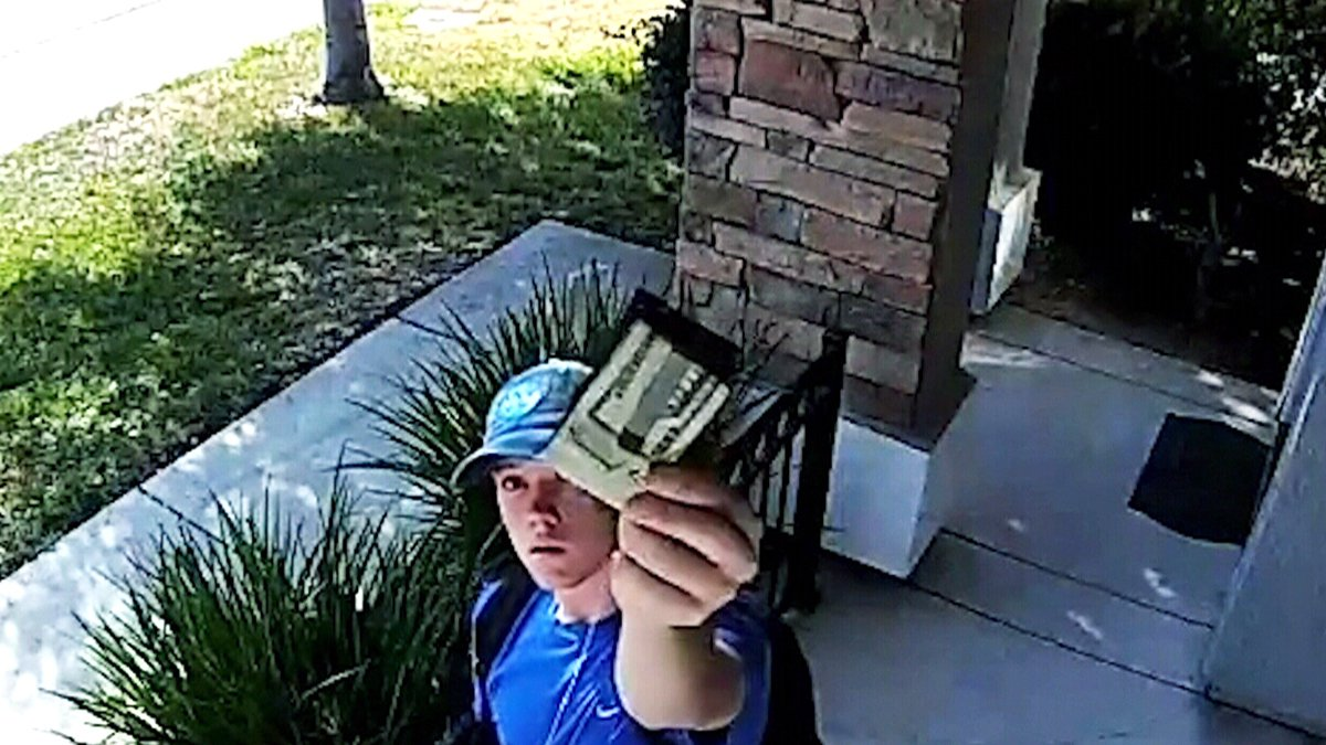 What would you do? California teen finds wallet full of cash and returns it: