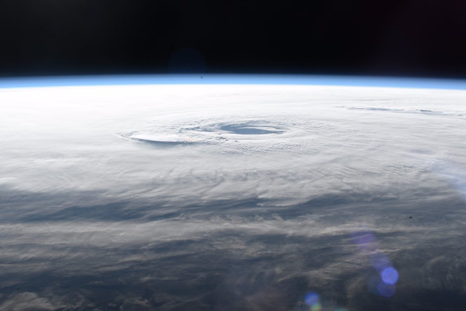 Astronaut's Dramatic Photos Show Hurricane Maria Raging Over Puerto Rico https://t.co/DnJDHc8iDQ https://t.co/osLd7ULeOc