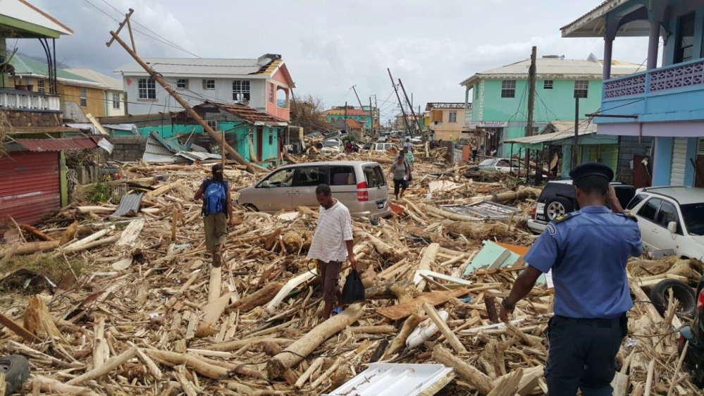 At least 15 dead as #HurricaneMaria lashes Dominica
