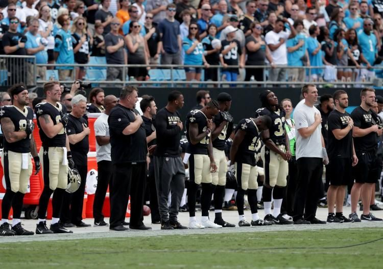 Louisiana restaurant doesn't show @Saints game because of #TakeTheKnee protests https://t.co/WozAv9toaV https://t.co/ejNCYYw8gR