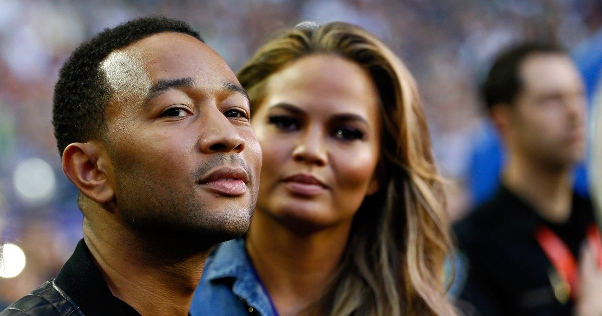 .@johnlegend defends NFL #TakeTheKnee protests as 'patriotic' in moving essay https://t.co/XUlWnUJlMT https://t.co/eK910FYVeZ