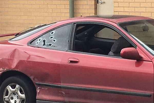 Gunshot victim drives himself to Northern Hospital