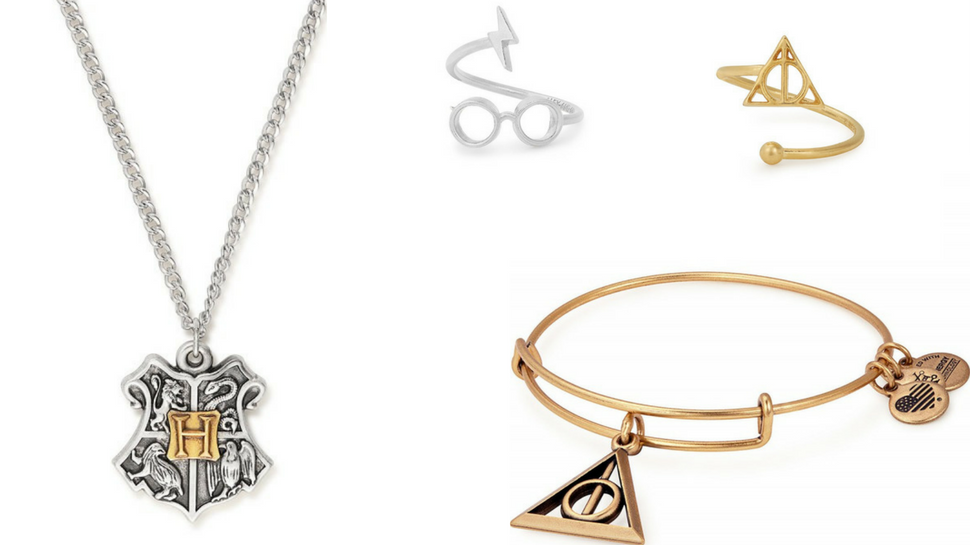 Gallopin' Gorgons, you're going to want every piece in @AlexandAni's #HarryPotter line! https://t.co/ygjR4sAaRU https://t.co/L4N3EmT0vf