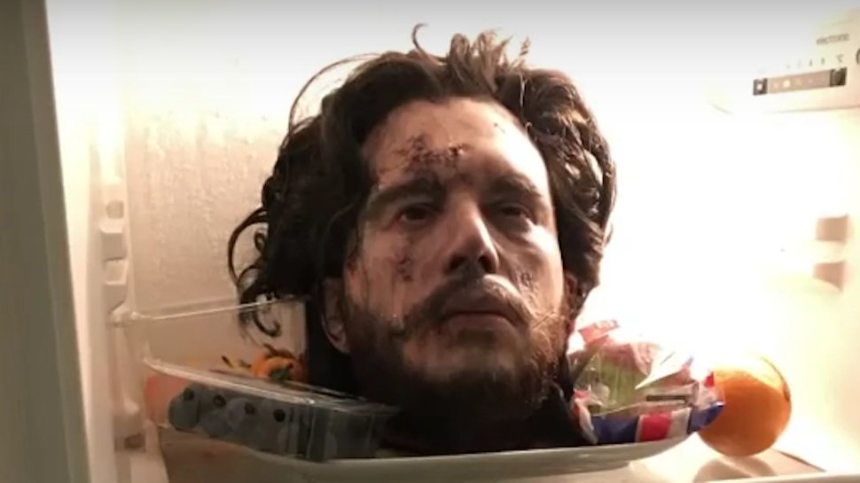 ICYMI, #KitHarrington pranked #RoseLeslie with his fake severed head: https://t.co/pb0XommXky #GameOfThrones https://t.co/Zl5IyYAk44