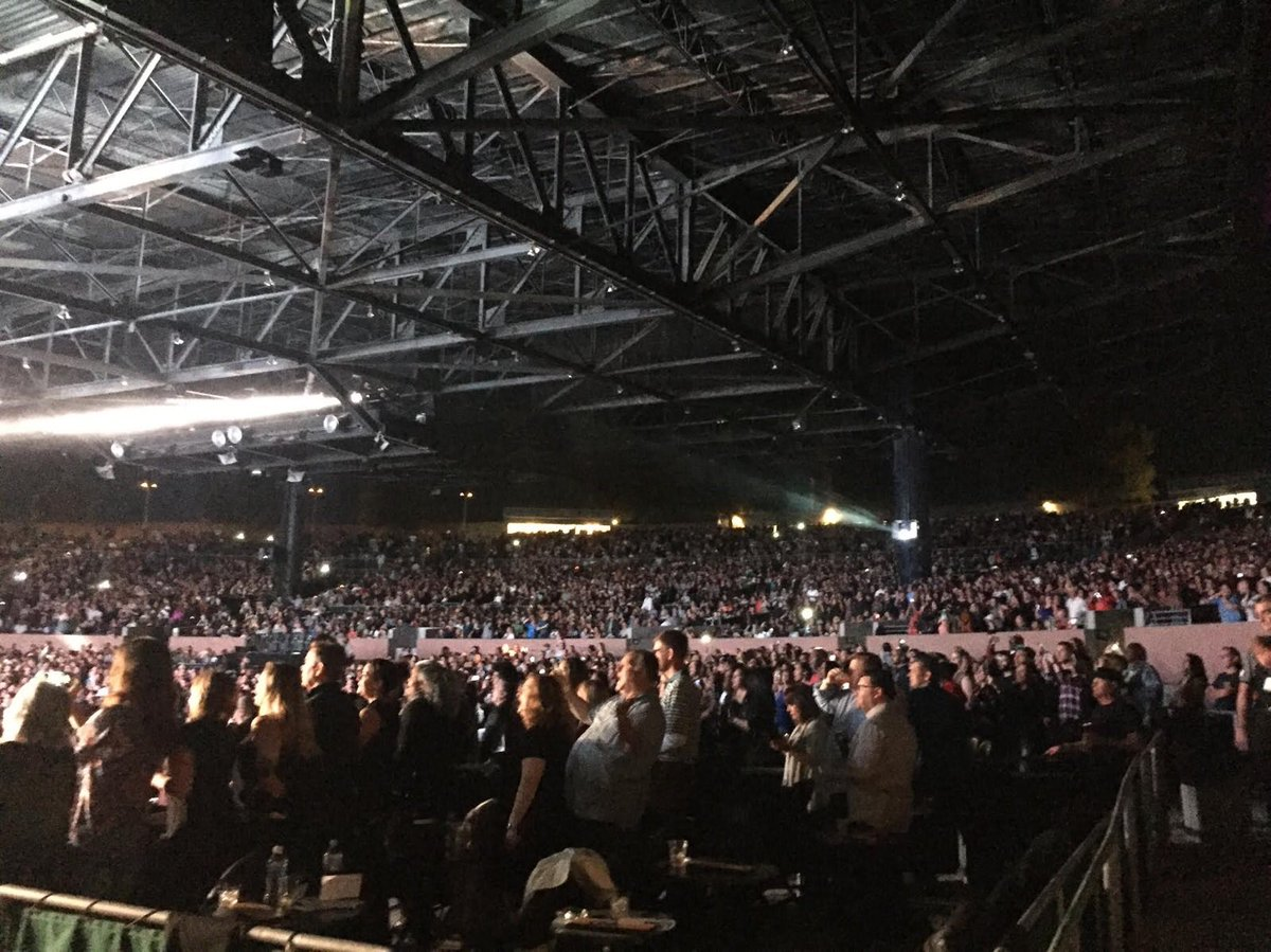 Thank u for singing along. ♥️ my #SOTW #JanFam https://t.co/vqZvAvBz7y