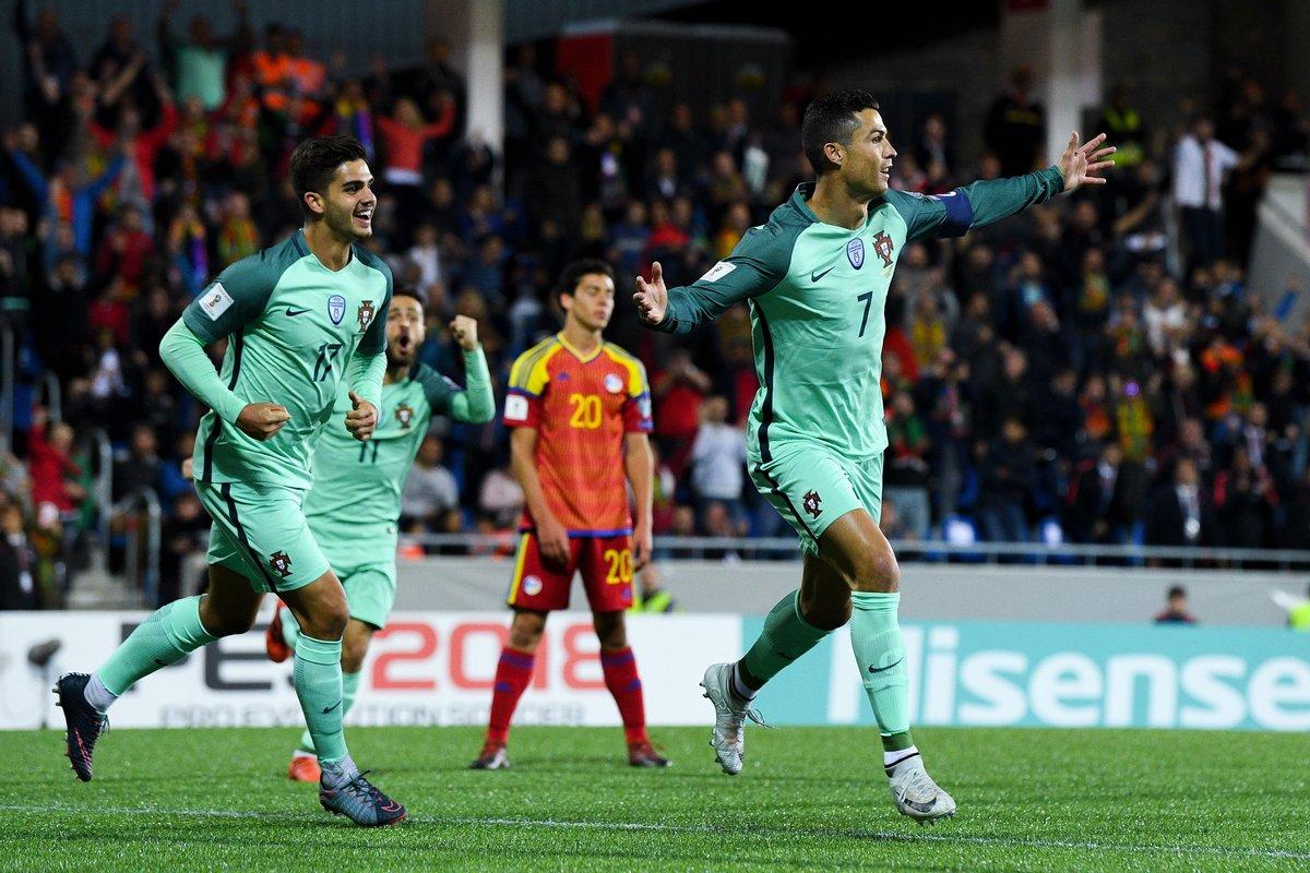 Portugal vence em Andorra por 2-0 com golos de Ronaldo e André Silva. #ANDPOR #WCQ https://t.co/l4TBmGZ9gB