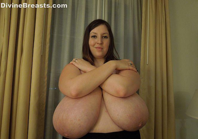 Mara #busty #hugeboobs #bbw see more at https://t.co/W5efr1RpL5 https://t.co/nzZp3nSvzJ