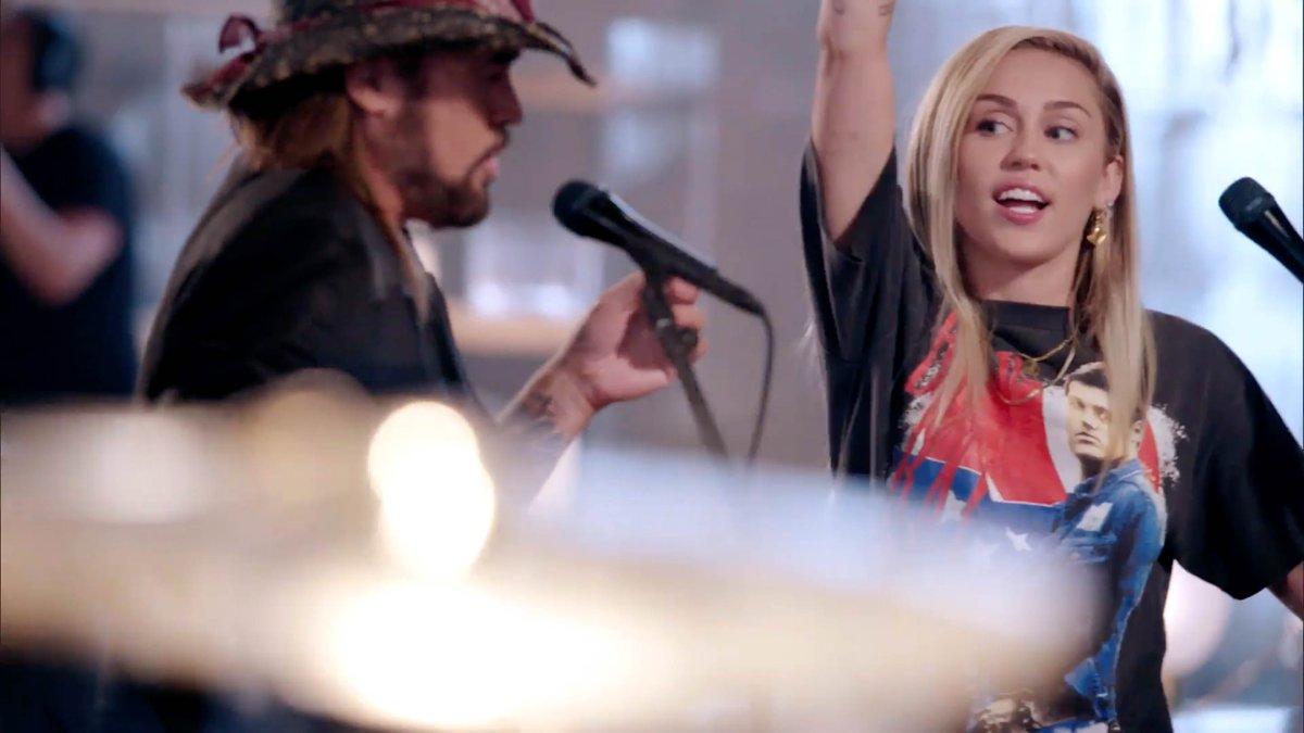 We can't get enough of @MileyCyrus and @billyraycyrus. #VoiceBattles