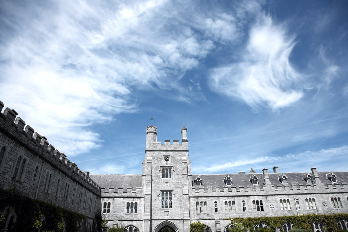 test Twitter Media - RT @UCC: #StormOphelia : UCC to close tomorrow (Mon Oct 16).  More https://t.co/PEmsHCF0Zc Please share. https://t.co/uwFq2DOHfY