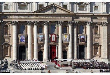 Pope says new Saints show us how to say 'yes' to God's love