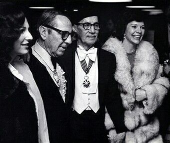 #ZeppoMarx Pictured with #GrouchoMarx and Erin Fleming 1975 https://t.co/fJrMKdktsy