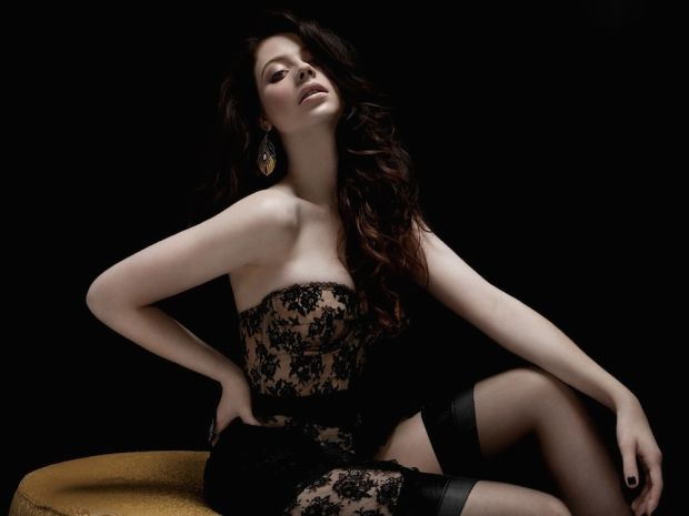 It\s Michelle Trachtenberg\s Birthday, So Celebrate the \Buffy\ Babe With Her Hottest Max.-