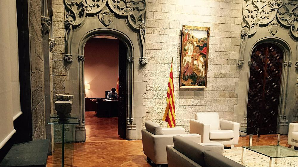 Madrid to trigger suspension of Catalonia's autonomy on Saturday