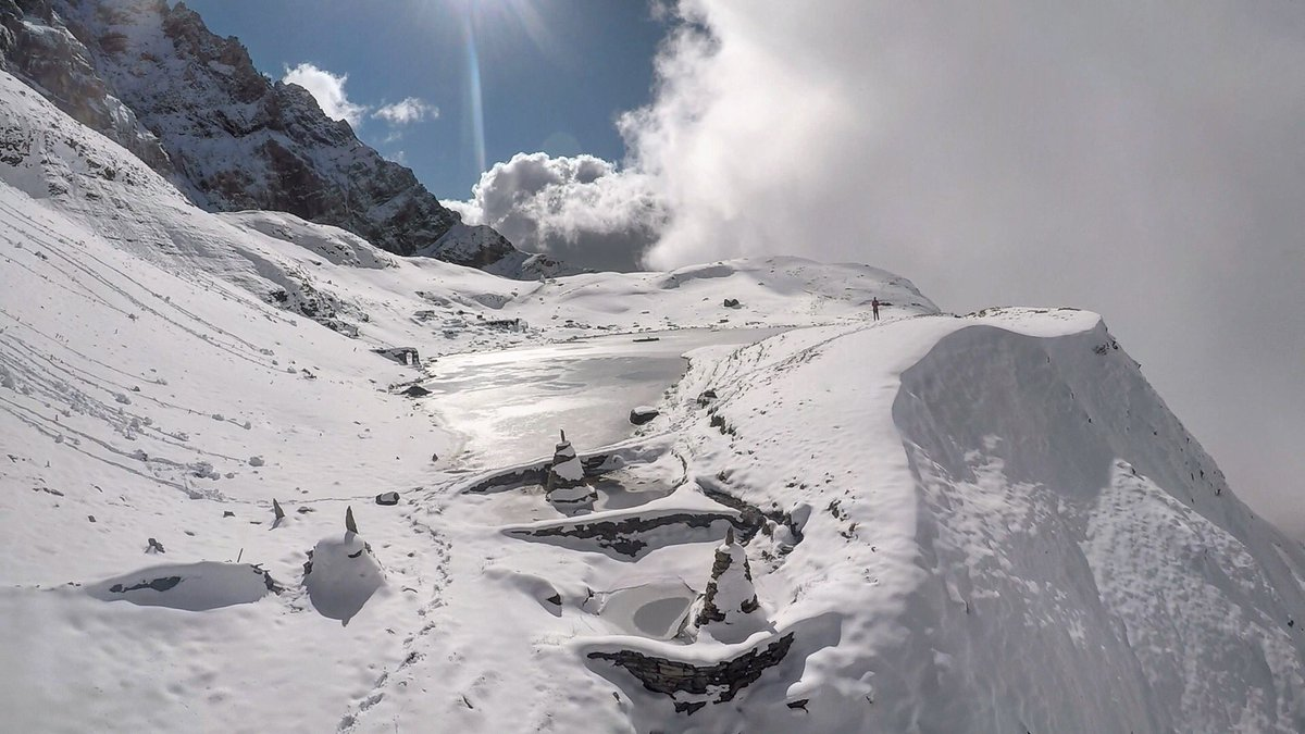 Days like this ... (head in the cloud, but feet on the ground) @GoPro #GoProKarma https://t.co/VjSoLTUZhz
