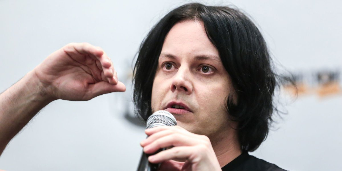 Jack White reflects on career, rhapsodizes vinyl records at Detroit conference