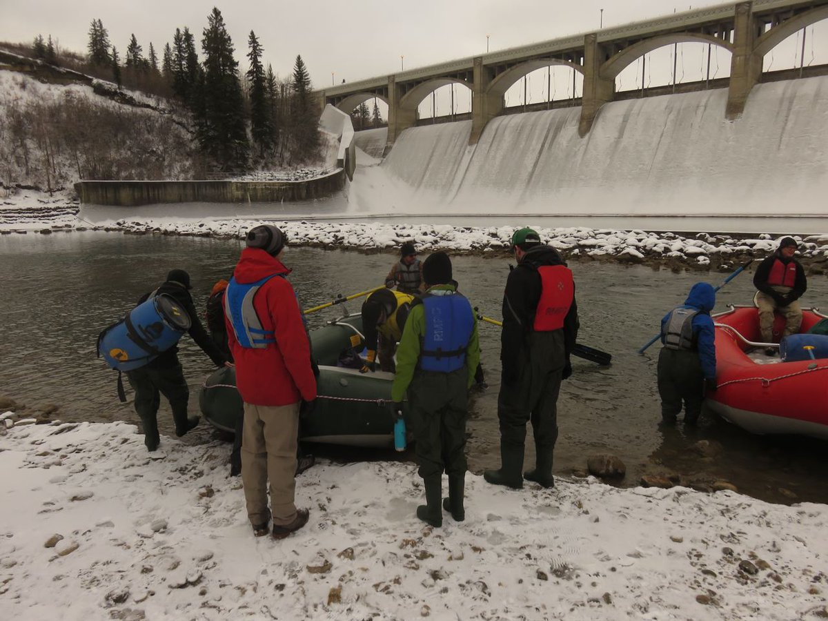 test Twitter Media - Ready, set, go count Brown Trout Redds (spawning nests)! About 30 volunteers left fr Glenmore Dam, had hot lunch & fire at Stanley Park & finish at Fort Calgary. Great day! #citizenscience #fish https://t.co/hBqfs7yk1M