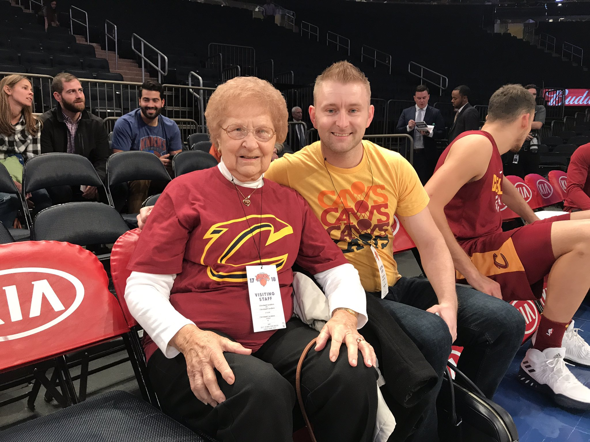 Happy 86th Birthday, Grandma Thatcher! ����  Hope you enjoy #CavsKnicks & the rest of your trip in NYC!   #AllForOne https://t.co/LE4UYMkWa7