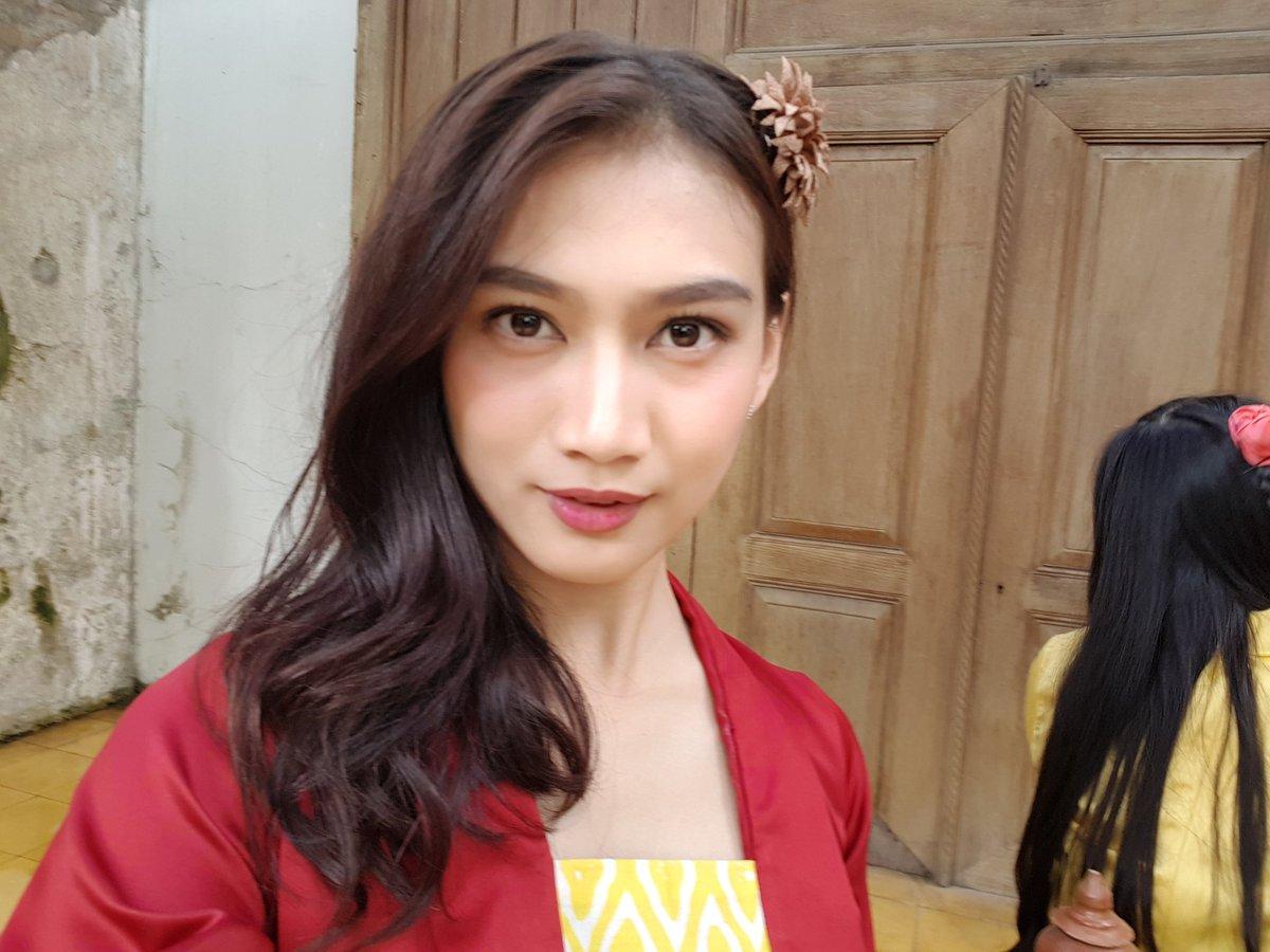 Melody Nurramdhani Laksani