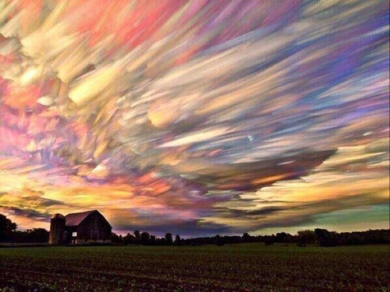 Picture of 100 sunsets stacked into one image https://t.co/7ObNeTGsFE