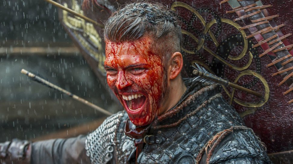 Ragnar's sons invade York in this exclusive #Vikings clip: https://t.co/S9GVxrAk0v https://t.co/9MiuJCqUfk