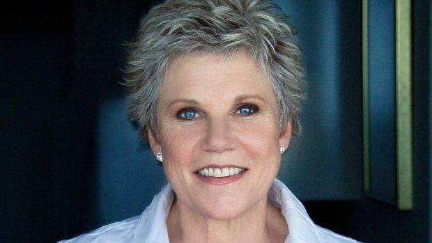 Anne Murray donates 40 years of memorabilia to the University of Toronto