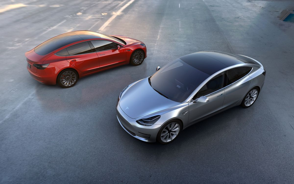 Tesla is burning through $4 billion a year. That's $8,000 a minute