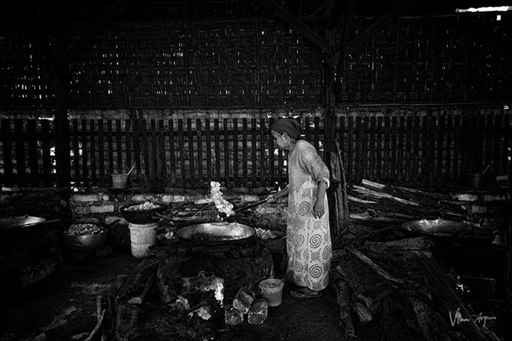 (Power Of Emak - Fotografer Indonesia) - Artikelister - https://t.co/hzmbLHSgPB - https://t.co/r0OXKIuet9