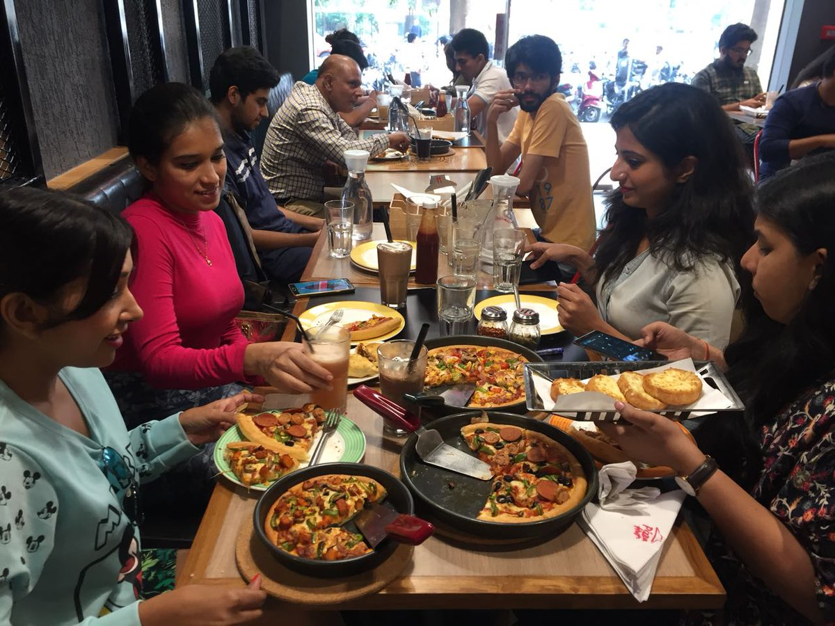 Bloggers meet at our 9000th International store at Powai. What s better than pizzas More pizzas PH9000 https t