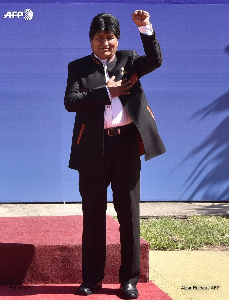 Evo Morales recibe luz verde para reelección indefinida en Bolivia
