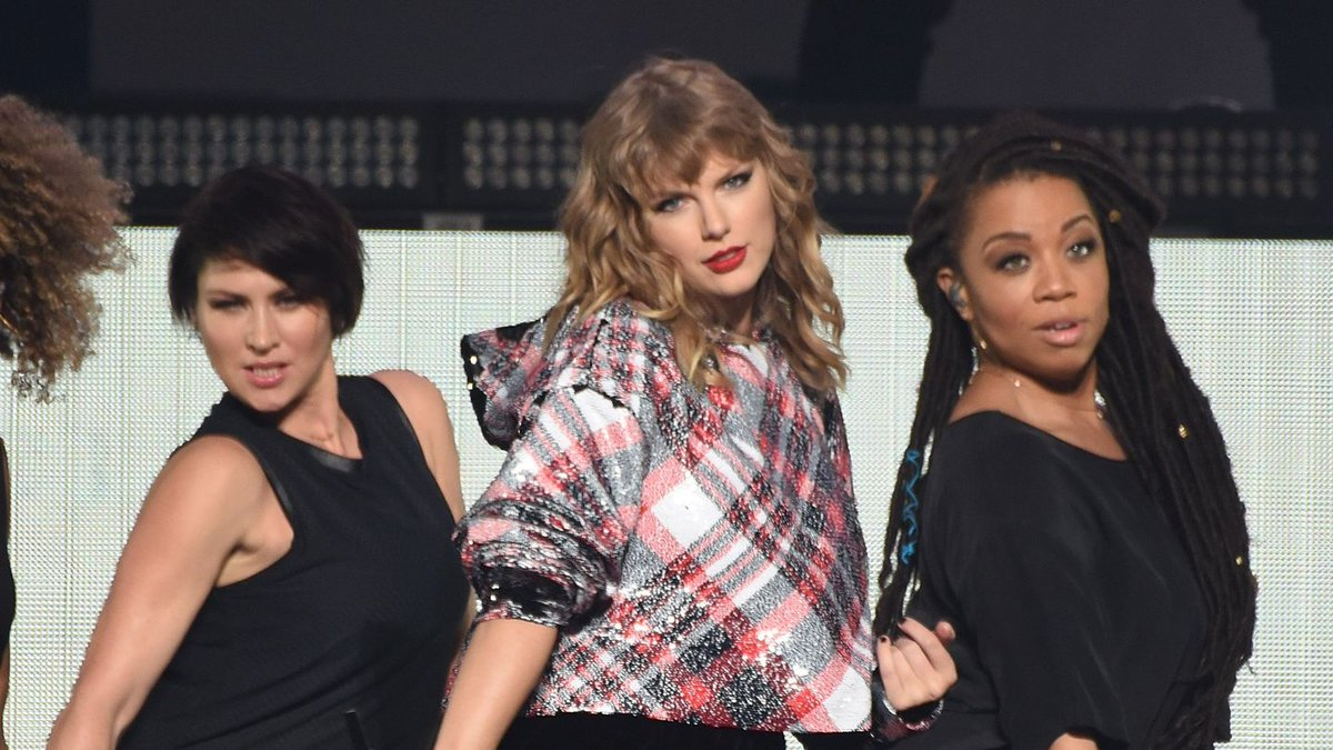 Behold Taylor Swift's First Cover … Poem?